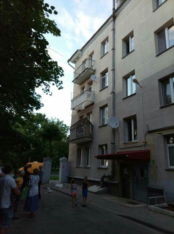 Обвалился балкон. Никто не пострадал Минск, Беларусь, балкон, обвал