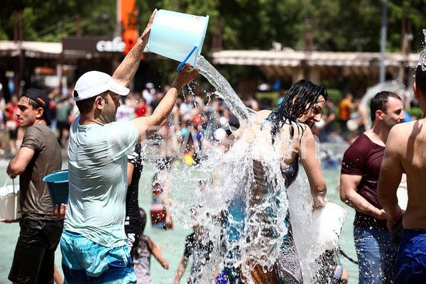 Вардавар 2017 вардавар, праздники, армения, водяное охлаждение, жара, видео, длиннопост