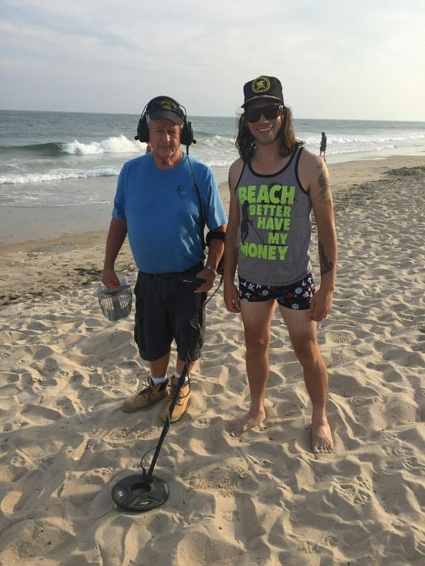 Секс сутенеров на пляже фото 108-579