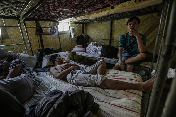 """""""Раб окупается за неделю"""". Как устроены невольничьи рынки в России рабство, работорговля, торговля людьми, похищение, длиннопост"""