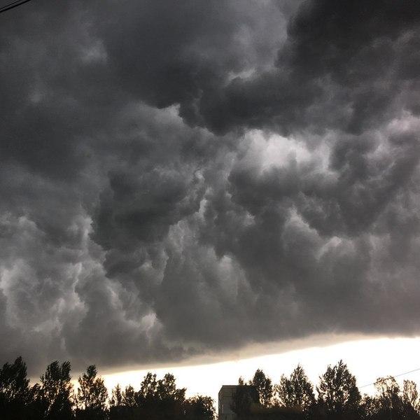 Ярославль 20 минут назад Ярославль, Фотография, Погода, Тьма, Длиннопост