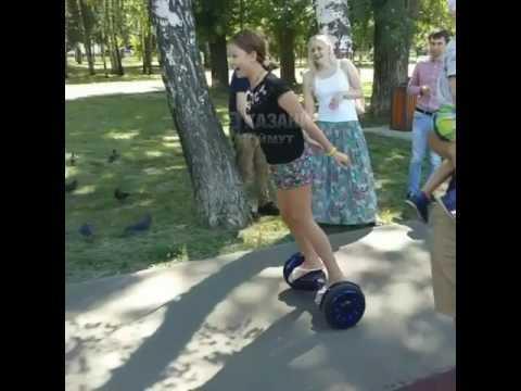 Девочку развеселил ее наезд на гироскутере на голубя в Казани Голубь, Убила