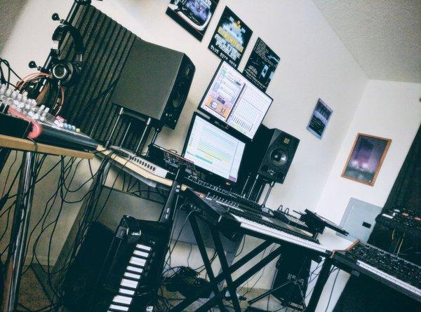 Музыканты. Amplitude Problem. Synthwave, Музыканты, Чиптюн, Электронная музыка, Видео, Длиннопост