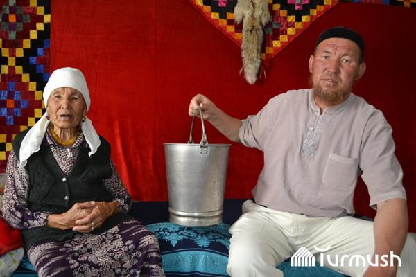 Семья из Нарына (Кыргызстан) более 70 лет хранит ведро, привезенное из Берлина Кыргызстан, Великая Отечественная война, память, ведро