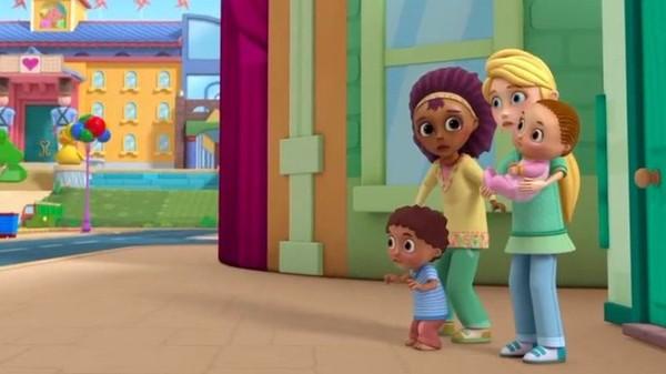 Disney показал лесбийскую пару в мультфильме для малышей Дисней, лесбиянки, видео