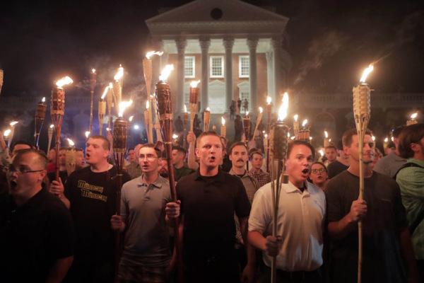 Марш националистов в США перешёл в массовые беспорялки TJournal, национализм, США, Америка, длиннопост
