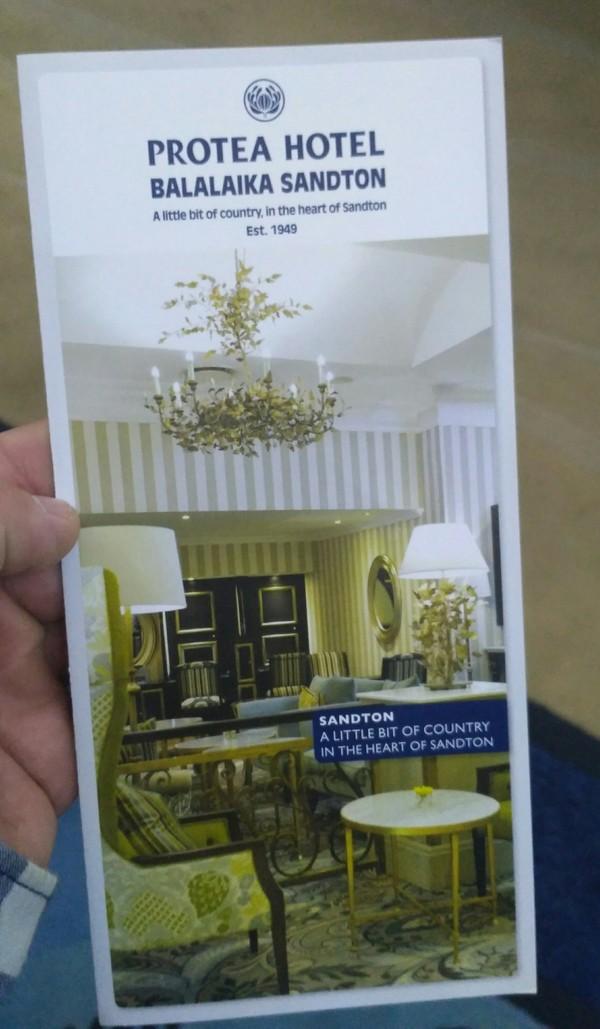 Просто название отеля в Намибии Отель, Балайка, Намибия, Название, Длиннопост