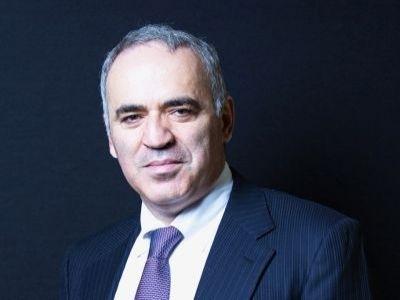 Каспаров возвращается Шахматы, Каспаров