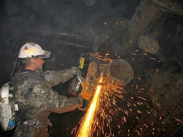 """Спасателям на руднике """"Мир"""" нужно еще от 1,5 до трех-3,5 суток - Трутнев Якутия, мирный, рудник Мир, шахтеры мир, фотография, длиннопост"""