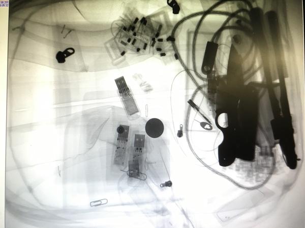 """Размышления на тему """"безопасность в метрополитене"""" нож, безопасность, метро, рентген, Легко"""