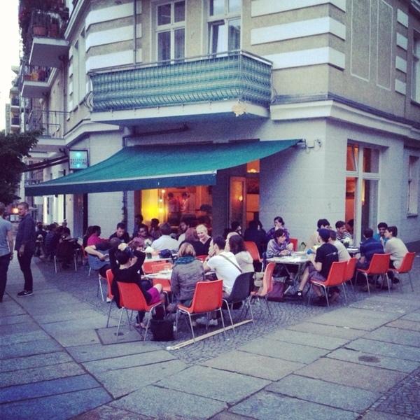 Ресторан, в котором вы платите, если хотите, и сколько хотите ресторан, Берлин, Weinerei, плати-сколько-хочешь, pay what you want, длиннопост