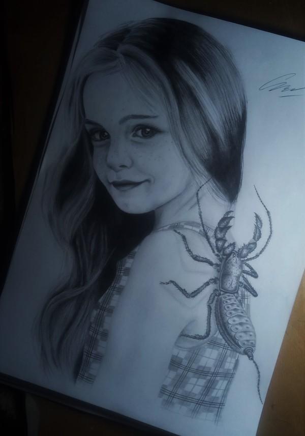 ТелИфон рисунок, девочка, паук, Телифон, огнемет, гифка, многоножка, длиннопост