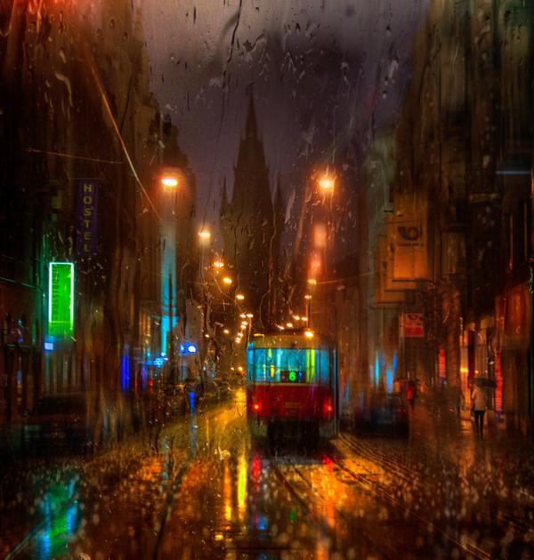Дождь. Девушки, зонты, трамваи фотография, трамвай, длиннопост