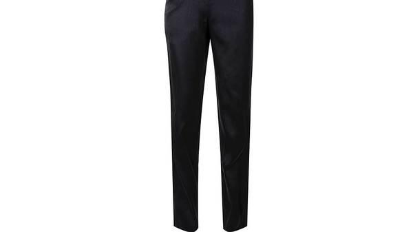 Как обычные брюки могут принести известноть Россия, Школа, Дети, Форма, Одежда, Регионы, Тюмень, «Коммерсантъ»