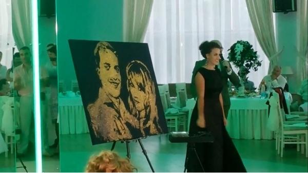 """Выступление Светланы Савчук, финалистки республиканского проекта """"Я могу!"""" Светлана Савчук, я могу, шоу, золотая пыль, свадьба, подарок, подарок молодоженам, подарок молодым, длиннопост"""