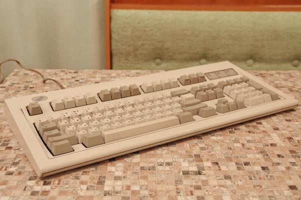 IBM Model M Клавиатура, IBM, ретро, длиннопост