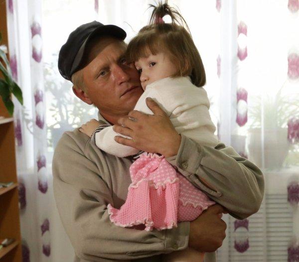 Нашелся отец потерявшейся в Астане девочки астана, милана, девочка, пропали родители