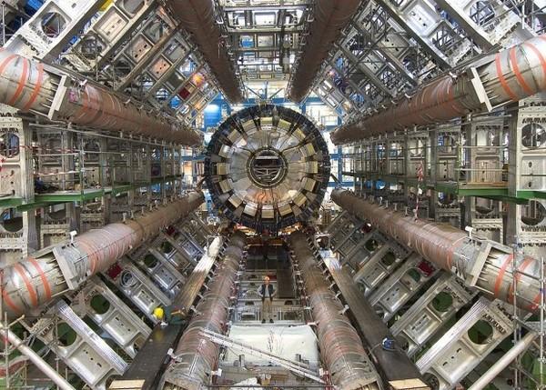 Физики впервые увидели столкновение фотона с фотоном ЦЕРН, Бак, Наука, Фотон, N+1, Длиннопост