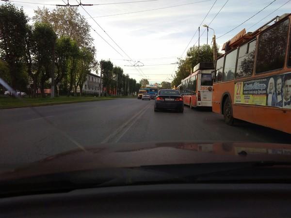 По пути на работу! дтп, Такси, авария, привет читающим тэги, всем добра, видео, город Пермь