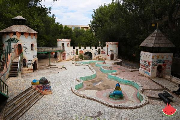 Очень необычная детская площадка двор, сказка, архитектура, Астрахань, детская площадка, длиннопост