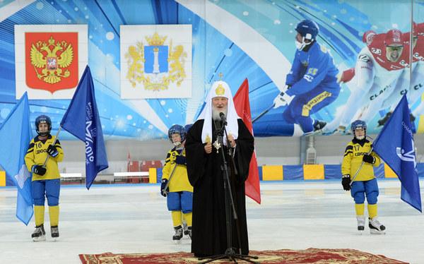 Чемпионат России по хоккею с мячом будет транслировать телеканал «Спас»