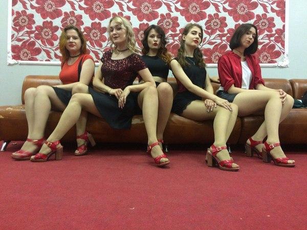 Показалось :) танцы, красивая девушка, показалось, привет читающим тэги, ножки
