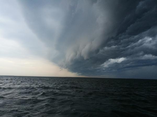 Над финским заливом Санкт-Петербург, погода, Финский залив