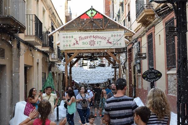 Ежегодный фестиваль Грасия в Барселоне. Часть I барселона, Испания, Каталония, праздники, фотография, длиннопост