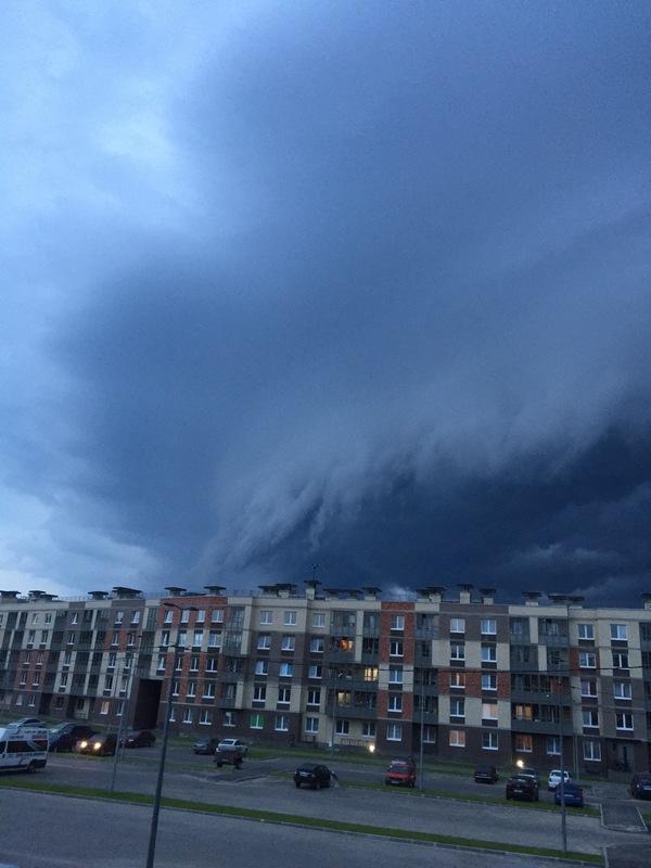 Вчерашняя буря во всей красе, сверкало конечно адски)