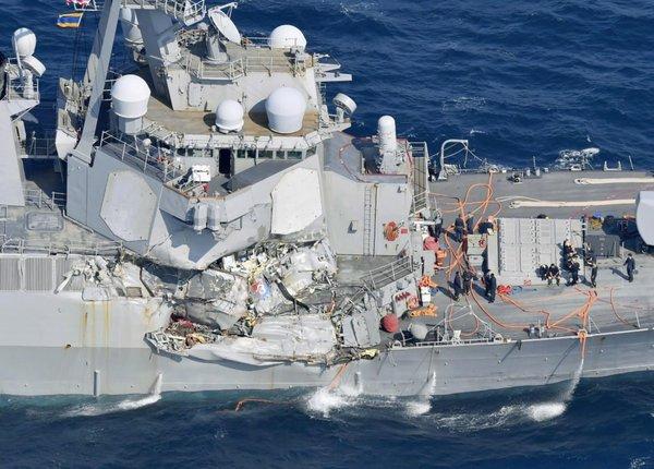 Американский флот приостанавливает все операции из-за второго за лето столкновения американского эсминеца с торговым судном новости, США, флот, длиннопост, Совпадение? не думаю