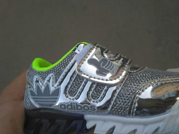 Обувь должна иметь бренд обувь, подделки брендов, китайцы