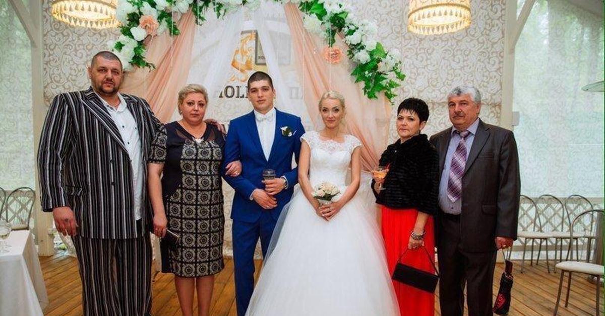 первые перчатки свидетель из фрязино фото со свадьбы или другой обивке