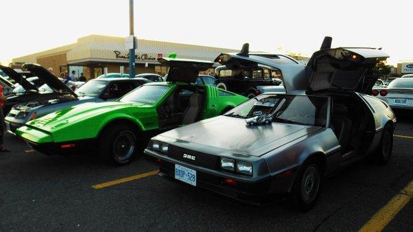 DeLorean DMC-12 & Bricklin SV-1 De lorean, Спорткар
