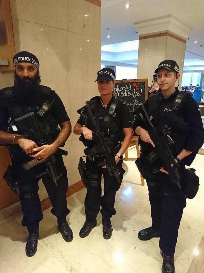 Обеспечение безопасности фестиваля ConFuzzled 2017. Бирмингем, Англия Наемники, Милитари, Полиция, Англия, MilitaryNews