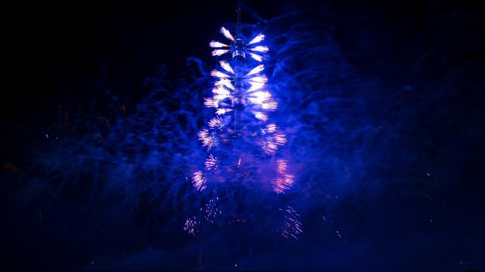"""Немного фото с открытия фестиваля """"Круг Света"""" Круг света, Останкино, Башня, Москва, Салют, Фейерверк, Длиннопост"""