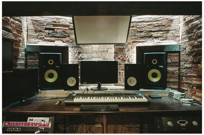 Студийные мониторы KRK Студийные мониторы, Студия звукозаписи
