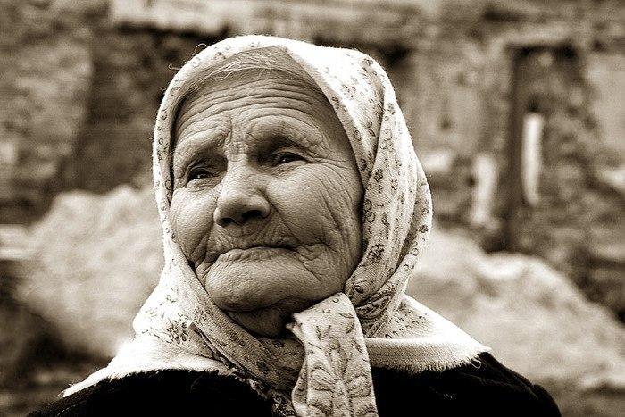 Старушка, что называется, зажилась. | Пикабу