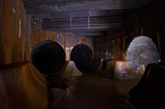 Коллектор одной из Московских рек. Москва, Река, Подземка, Коллекторы, Подземная река, Длиннопост