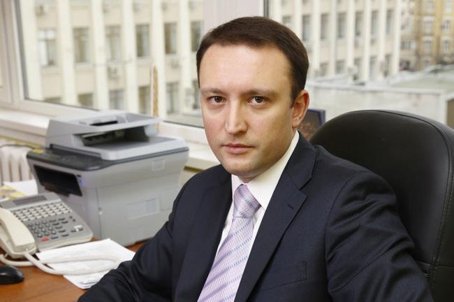 Пресс-секретарь Роскомнадзора Вадим Ампелонский стал фигурантом дела о мошенничестве Роскомнадзор, Мошенничество