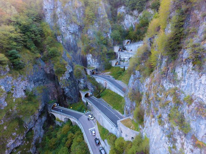 Серпантин в Альпах, Италия Альпы, Дрон, Италия, DJI phantom, Серпантин, Горы, Природа