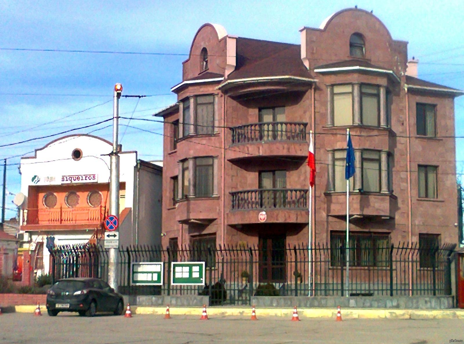 В севастополе стриптиз бар закрытый ночной клуб в москве с стрептиз