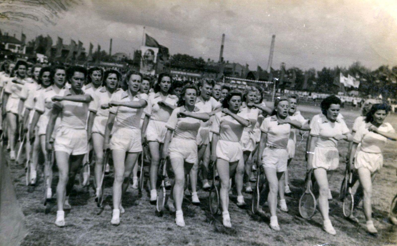 Советские женщины голые, Частная эротика голых женщин из ссср - секс порно фото 13 фотография