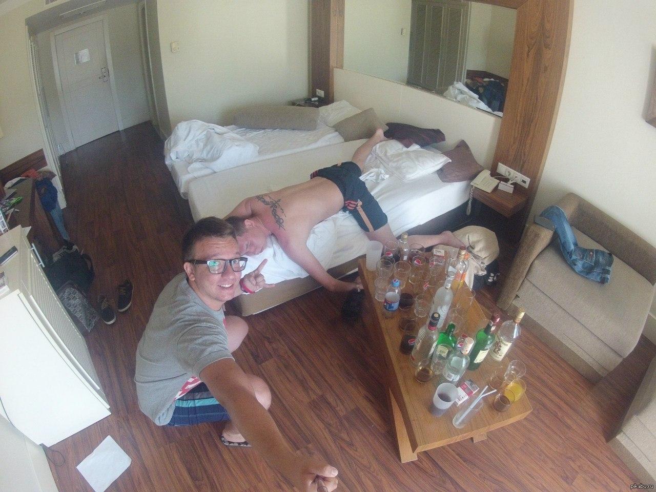 Русские пьяные на пляже, Русское пьяное порно на 16 фотография