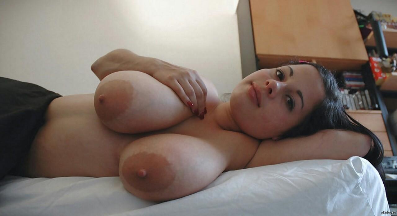 Сиски домашнее порно, Сиськи - домашнее порно онлайн 23 фотография