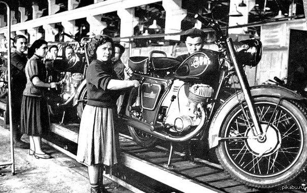 Конвейер мотоциклов иж фольксваген транспортер на авито в пензе