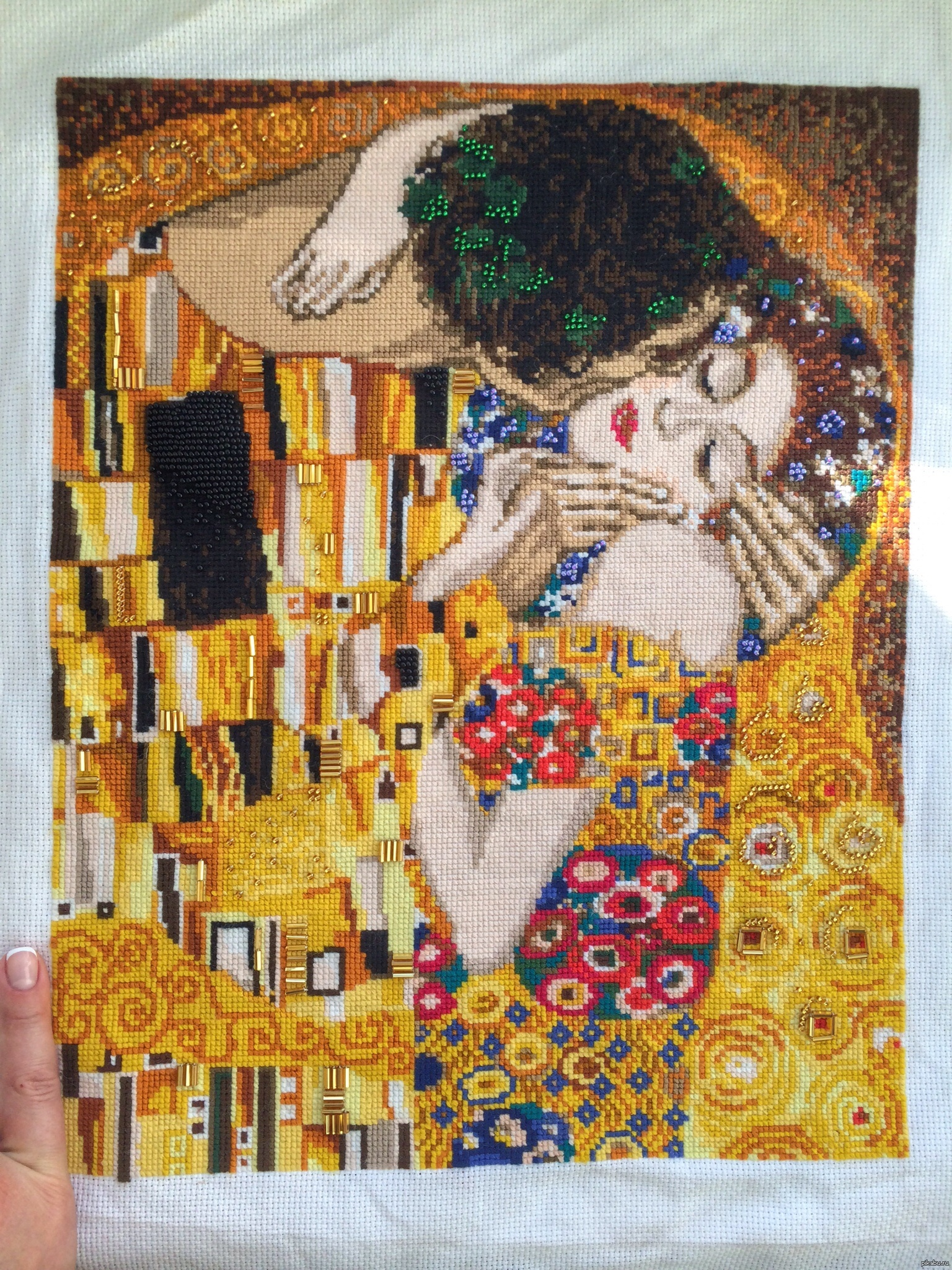 Картина поцелуй густава климта вышивка