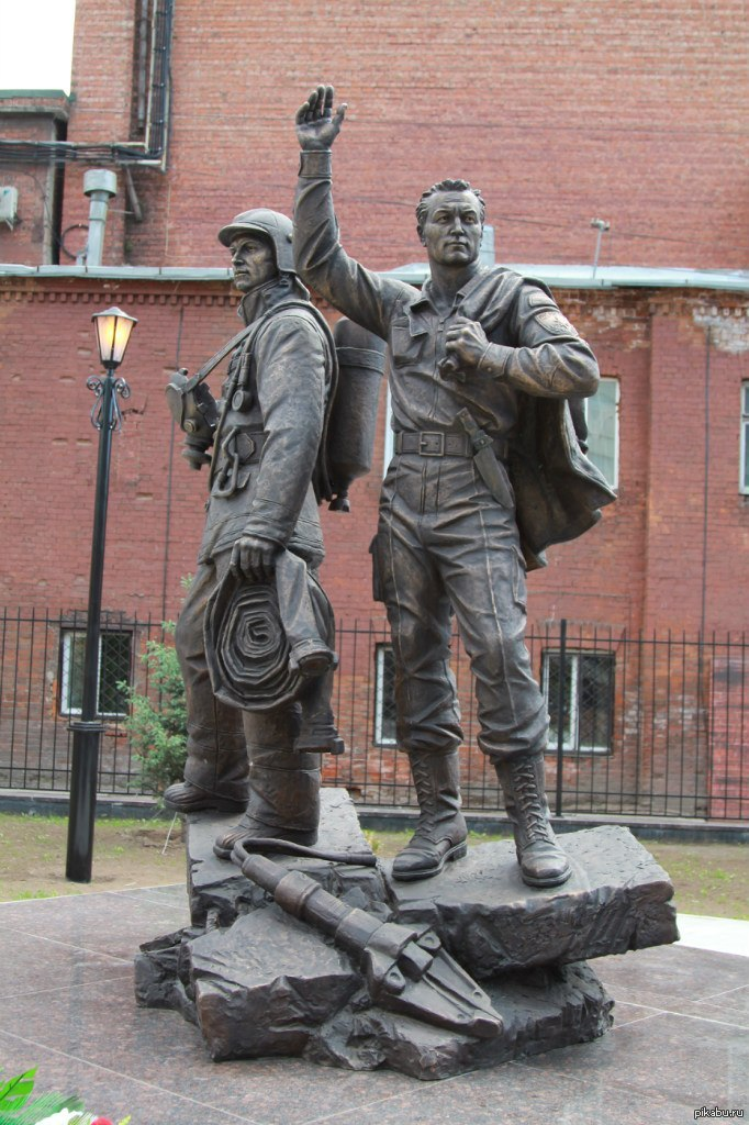 говорили памятник пожарным картинки обнаружен фотоаппарат американского