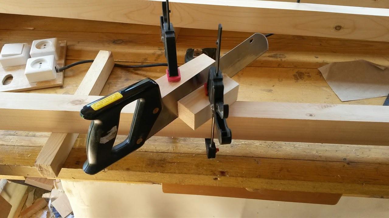 Делаем деревянный стол своими руками