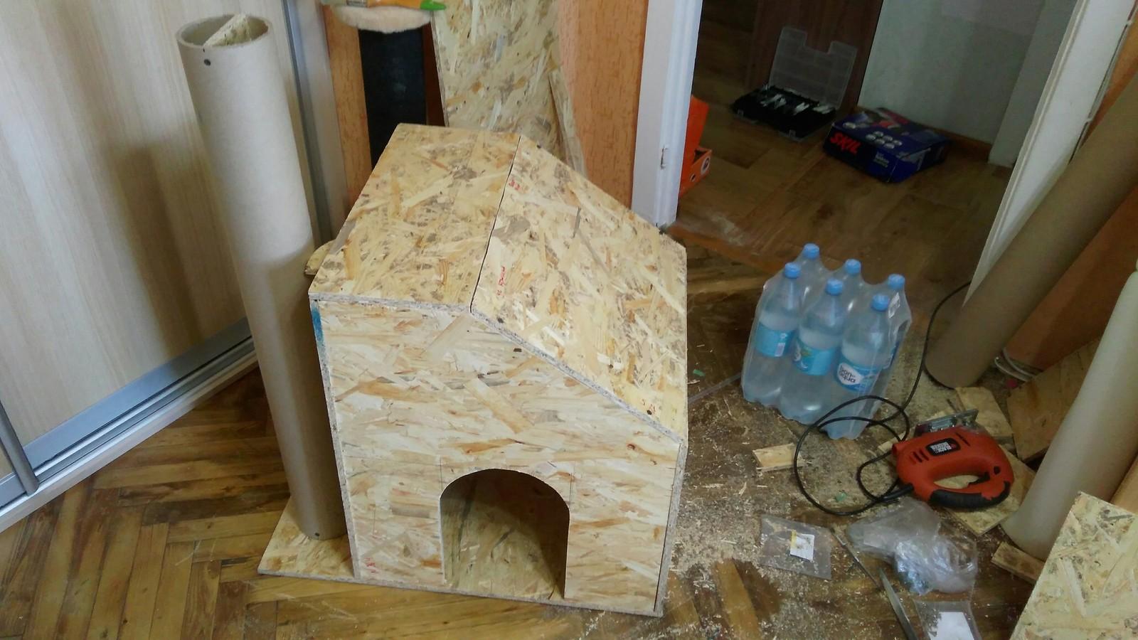 Домики для кошек с когтеточкой своими руками фото 472
